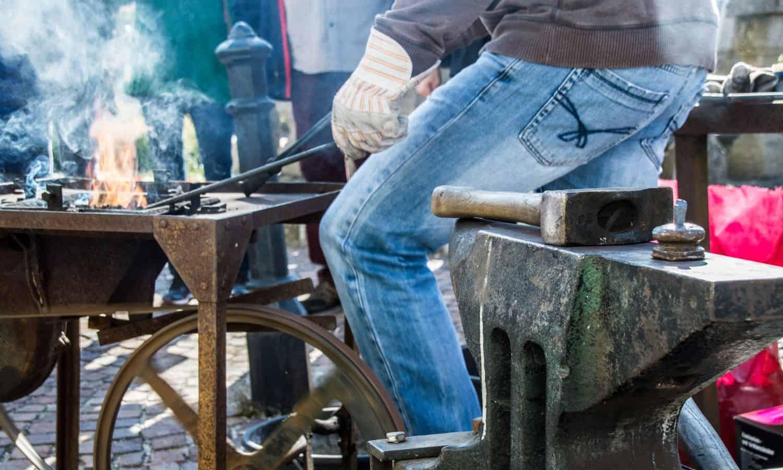 blacksmithing workers bench