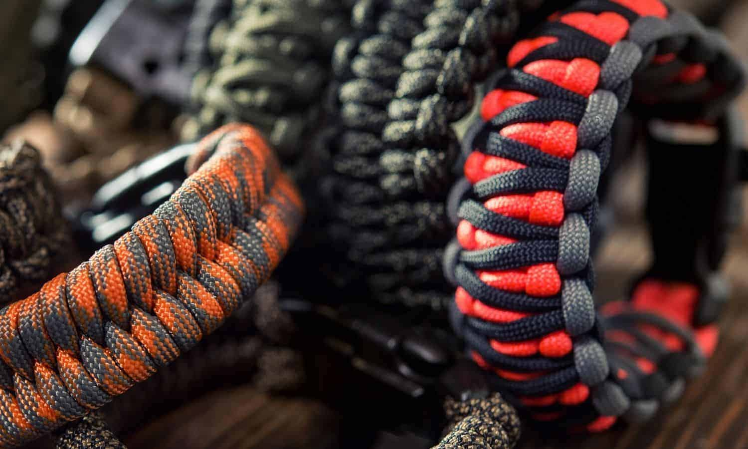 paracord snake knot