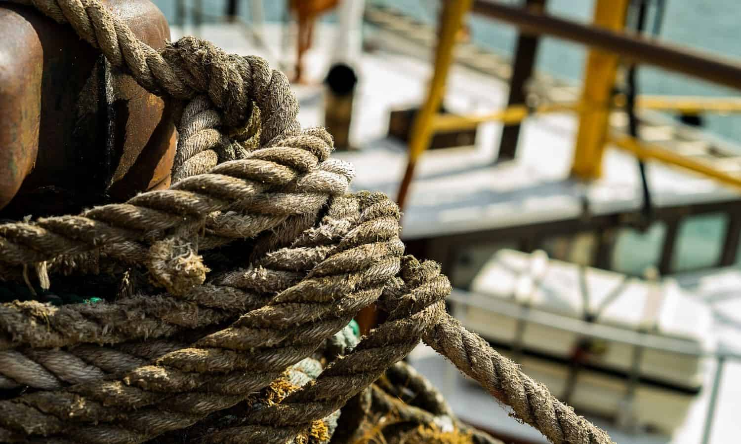 boating and sailing knots