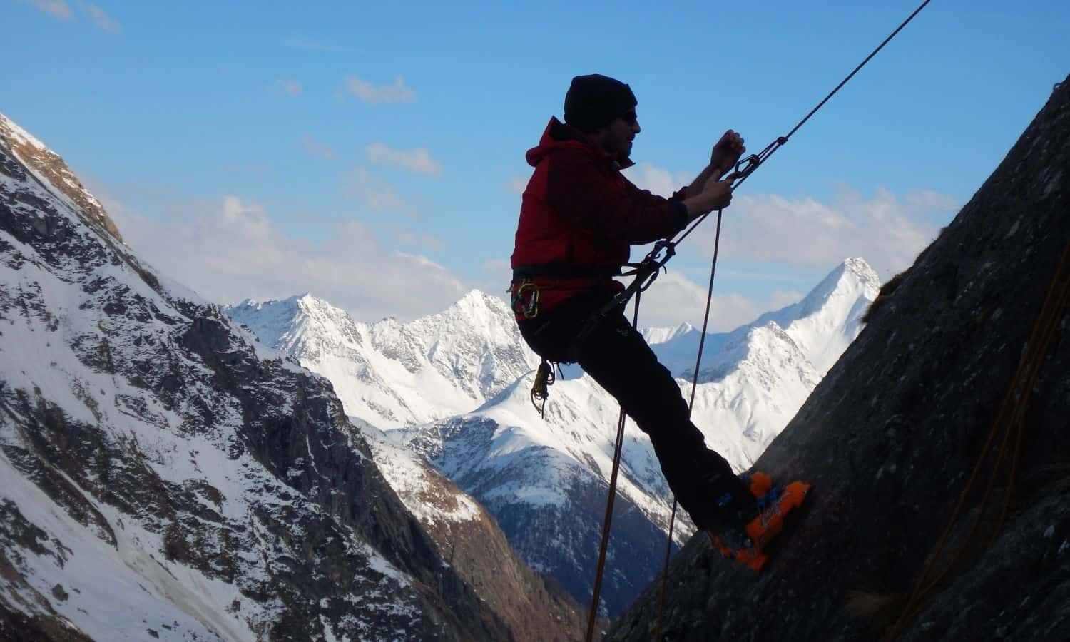 mountaineering climbing knots